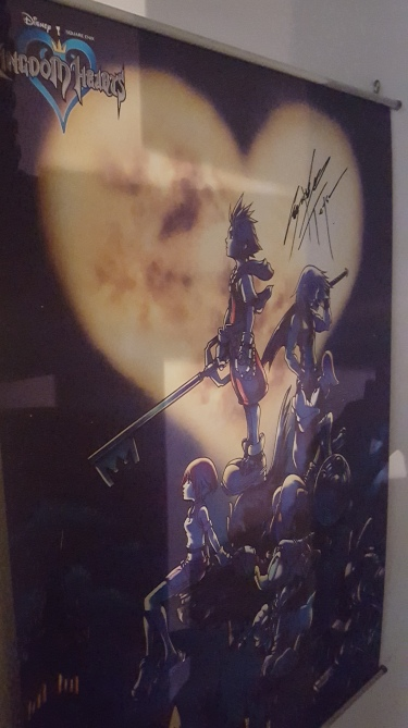 poster de Kingdom Hearts dédicacé par Testsuya Nomura