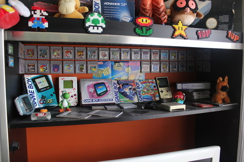 gameboy advance, game boy color, yoshi, pacman, gamecube, gameboy, cartouches gameboy, gamingroom, game room, pikachu, pokemons, collection retro, collection retro gaming, nes, jeux ps1