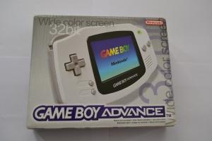Boite Game Boy Advance Blanche Parfait état (1)