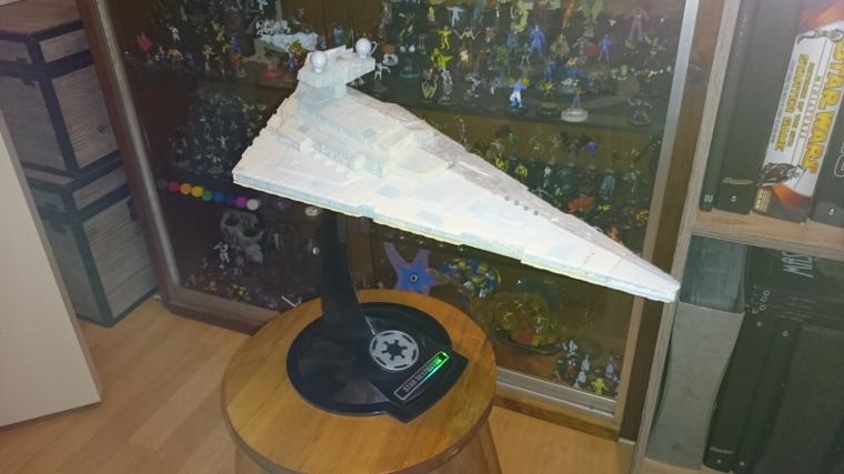 star destroyer figurine